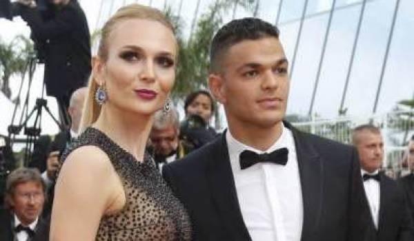 Ben Arfa et son épouse sur les marches du festival de Cannes.