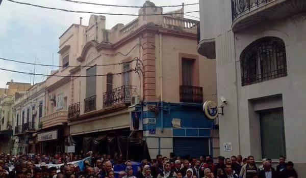 Marche à Tlemcen en soutien à Bouteflika
