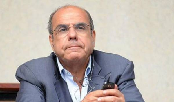 Raouraoua, le patron du foot algérien, très investi dans la politisation du sport en faveur du clan.