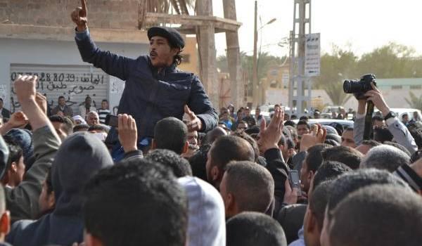 Toutes les manifestations comme celles des chômeurs de Ouargla sont interdites et réprimées par le pouvoir.