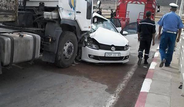 Dimanche à la périphérie de Batna, deux jeunes meurent dans un accident.