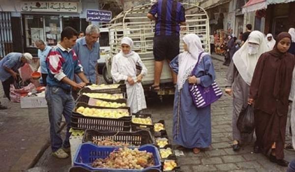 Marché improvisé à Alger. Photo AFP
