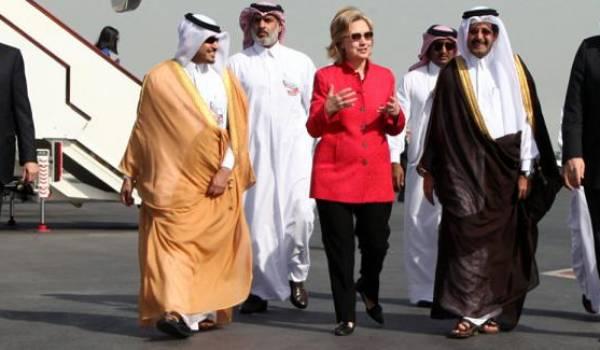 La candidate démocrate Hilary Clinton reçoit des financements saoudiens pour sa campagne électorale selon une agence jordanienne.
