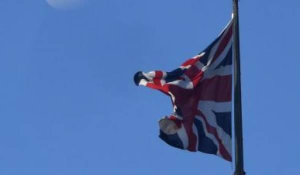 Le Brexit ébranle l'UE, le Royaume-Uni et les marchés financiers