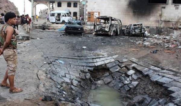 Daech réalise une série d'attentats contre l'organisation concurrente Al Qaida.