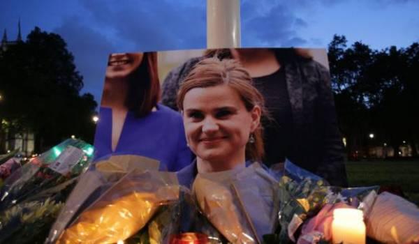 La députée Jo Cox a été assassinée jeudi dernier en pleine campagne qu'elle mène contre le Brexit