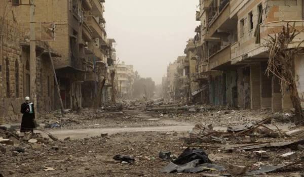 Deir Ezzor sous les bombes russes et de Damas.