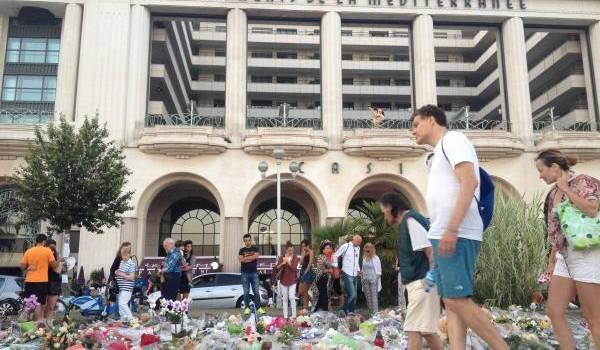 Lieu où l'on se recueille à la mémoire des victimes de l'attaque du 14 juillet à Nice.