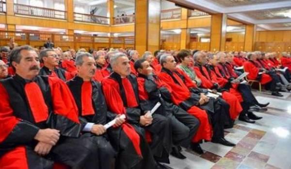 Bouteflika procède à un changement dans le corps de la magistrature