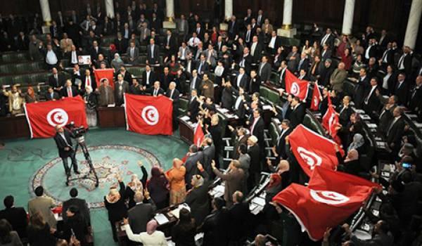 Les députés désavouent le gouvernement, 118 votant contre, 3 pour et 27 s'abstenant
