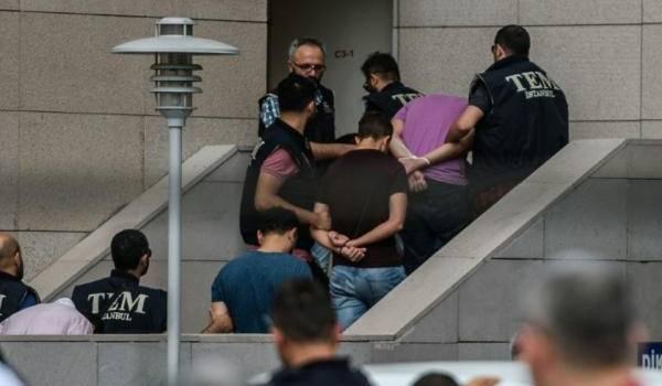 La répression bat son plein en Turquie.