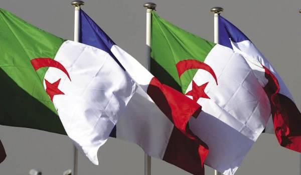 Le poids de la mémoire pèse de sa force sur les relations algéro-françaises.