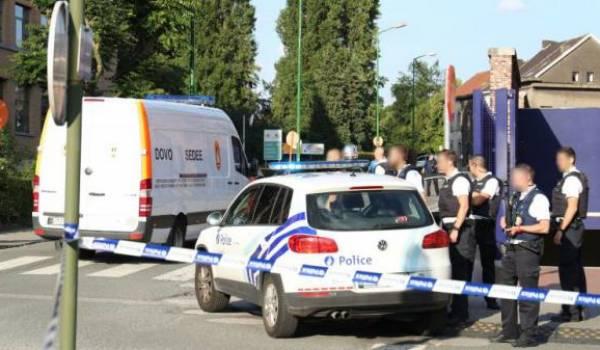 L'agresseur des policières a été abattu.