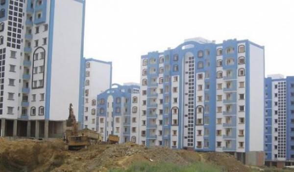 De nombreux projets de logements AADL retardés, voire arrêtés faute de financements.