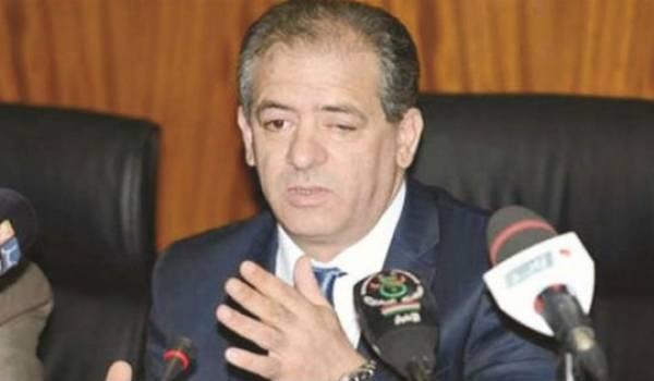 Le ministre de la Jeunesse et des Sports.