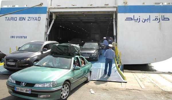 L'arrivée des émigrés au port d'Alger.