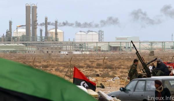 Un secteur à l'arrêt à cause de divergences politiques et d'attaques jihadistes