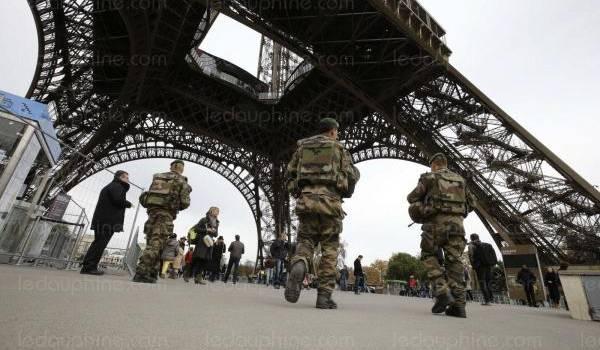 Paris sous surveillance.