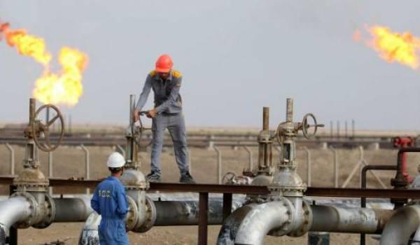 Le pétrole se maintient au-dessus de 50 dollars. Photo AFP