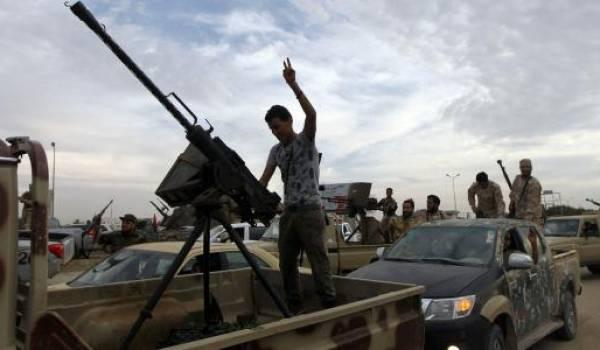 Les forces gouvernementales libyennes reprennent un nouveau secteur de Syrte