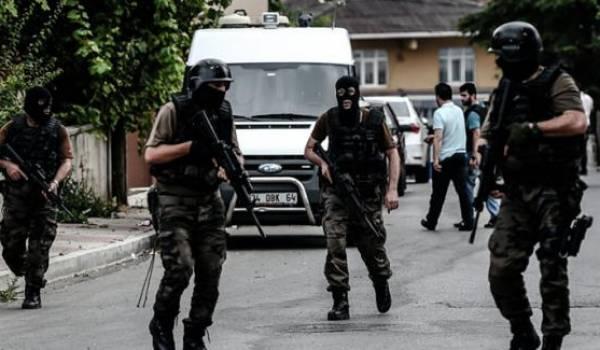 Les forces de sécurité turques en état d'alerte.