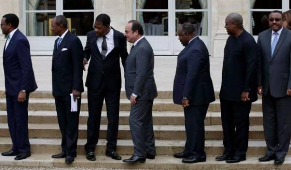 La France a tenu la main à tous les dictateurs africains.