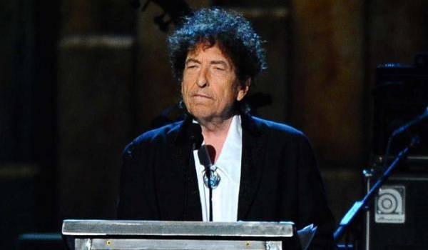 C'est le premier musicien distingué par ce prix.