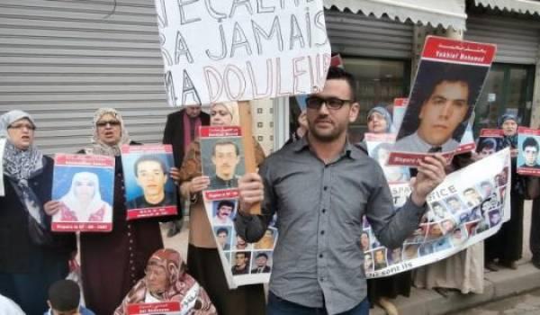 Les familles de disparus manifestent régulièrement et réclament la vérité de l'Etat.