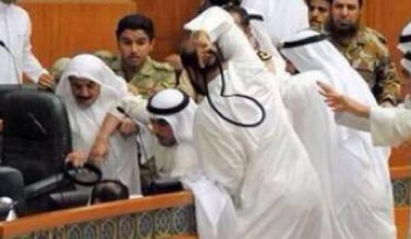 Le parlement a été souvent au coeur de polémiques et affrontements.