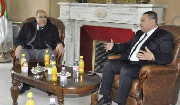 Karim Marok recevant le président de la FAF.