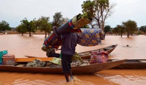 Des inondations ont affecté des zones désertiques.