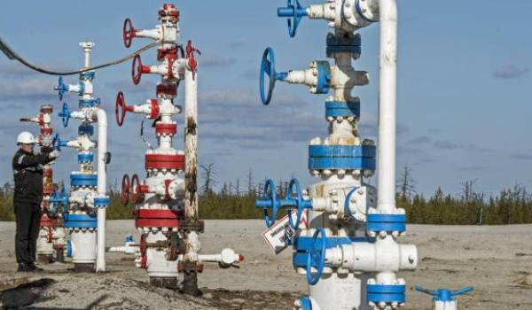Le pétrole franchit la barre des 50 dollars à New York