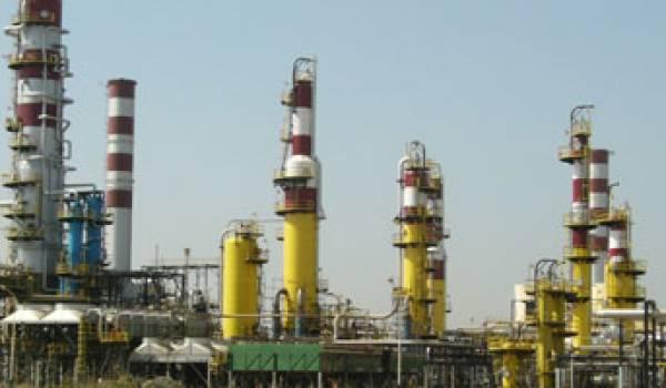Les Chinois vont rénover une raffinerie de Sonatrach pour 380 millions d'euros