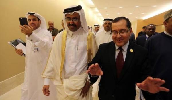 Les membres de l'Opep à Alger ont convenu d'une baisse de 33 millions de baril/j