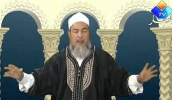 Cheikh Chemsou, un télé imam d'Ennahar Tv, qui a un avis sur tout et rien.
