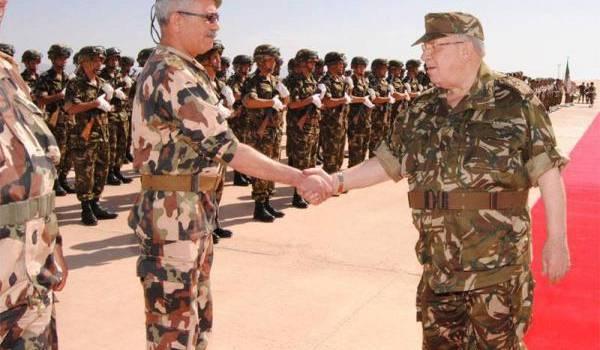 Le général major Gaid Salah, vice-ministre de la Défense.
