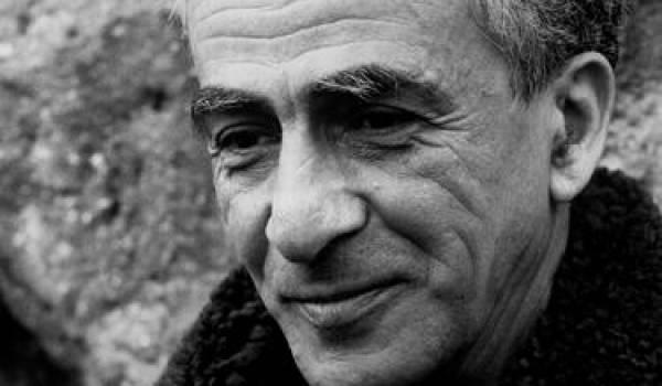 Le romancier et dramaturge Kateb Yacine.