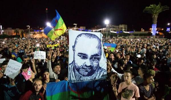 El Hoceima exige la vérité sur la mort atroce de Mouhcine Fikri.