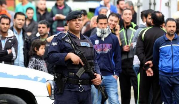 Des policiers surveillant un site touristique a été la cible d'une attaque. Photo AFP