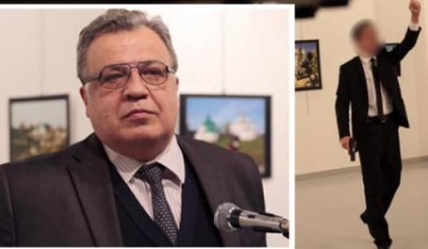 L'ambassadeur tué par un homme dans une galerie d'art.