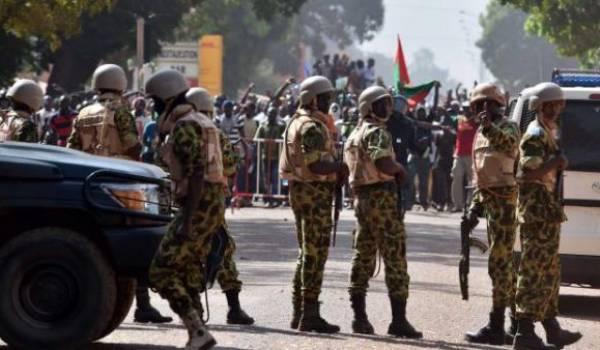 L'armée du Burkina confrontée au terrorisme islamiste.