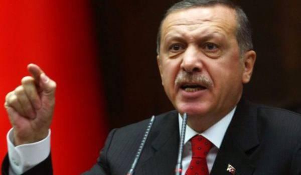 Erdogan se veut le nouveau sultan de la Turquie.