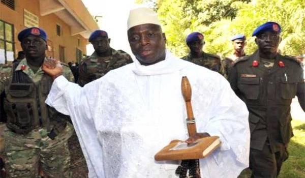 Yahya Jammeh ne veut pas quitter la présidence après avoir perdu l'élection présidentielle.