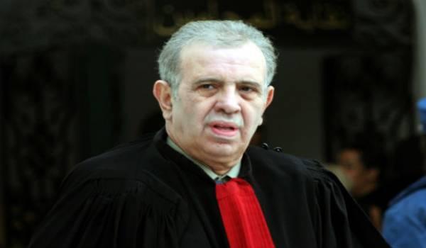 Farouk Ksentini, le monseur droit de l'homme du pouvoir, ne voit rien en matière de violation des droits de l'homme.