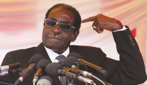 Robert Mugabe compte rester au pouvoir jusqu'à ses 100 ans.