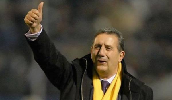 Georges Leekens, entraîneur des Verts, poursuit sa négation des évidences.