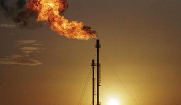 Le pétrole finit en forte baisse à New York, à 51,96 dollars le baril