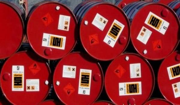 Le pétrole termine en hausse à 57 dollars à Londres