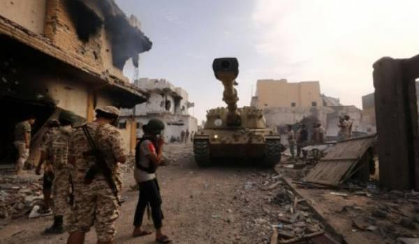 La Libye est aux prises à la loi des brigades armées et de Daech.