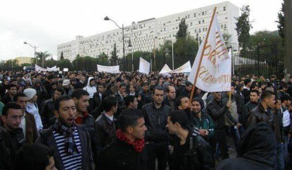 Une marche imposante a été organisée à Tizi-Ouzou contre l'insécurité. Photo Siwel Info.